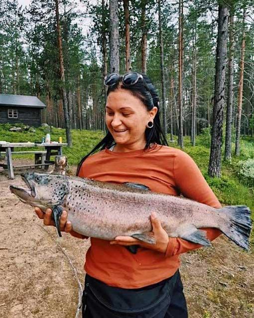 8 kg trout